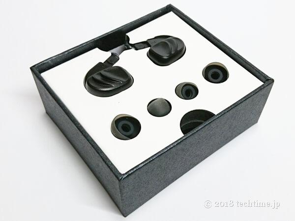 BQEYZ KC2の箱の中身の画像