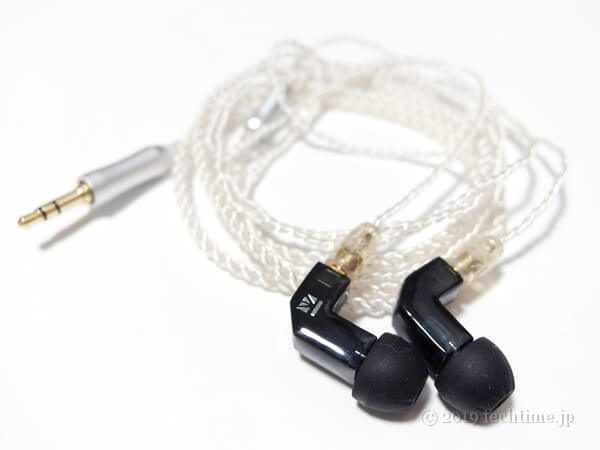 KB EAR F1の画像(白背景)