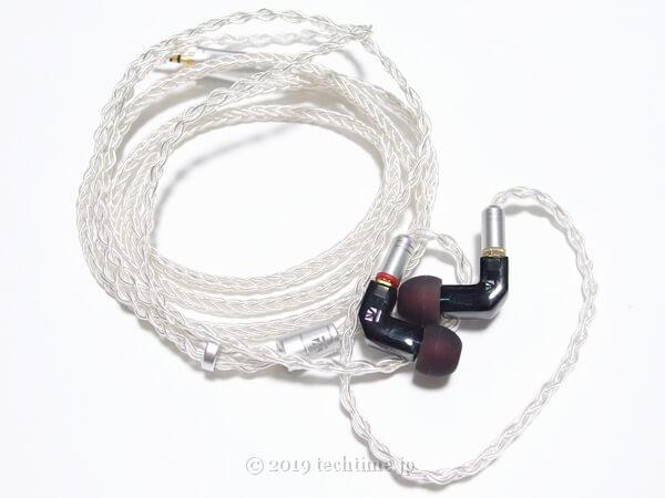 KB EAR F1とKB EAR 4833(8芯銀メッキケーブル)の組み合わせ画像