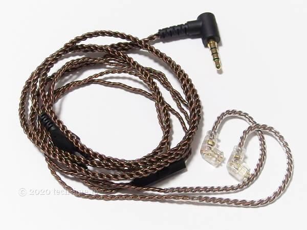 CCA CA16の付属ケーブルの画像